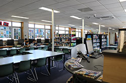 Students using the KJ Andrews Library 4